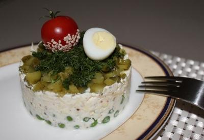 Салат из гороха и перепелиных яиц