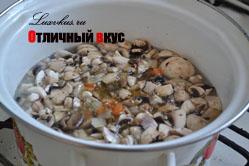 сырный суп с добавлением грибов