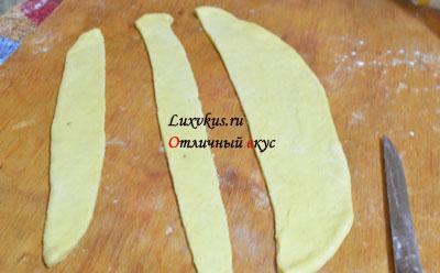 Тесто для выпечки сосисок в тесте