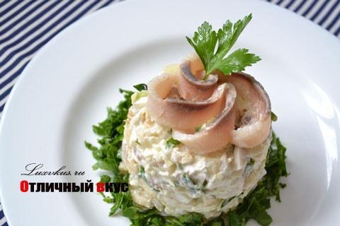 Салат с селедкой картофелем