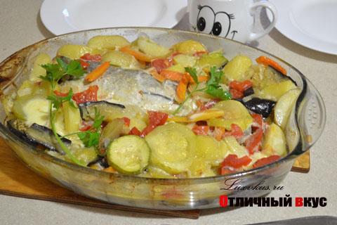 Треска с овощами