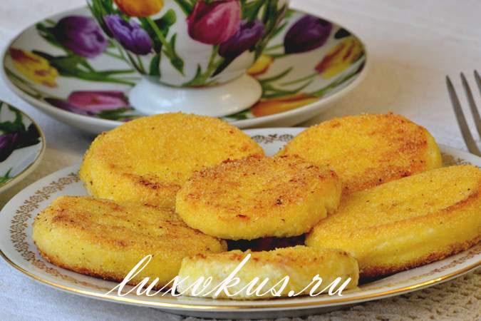 Нежные сырники с кукурузной мукой, фото